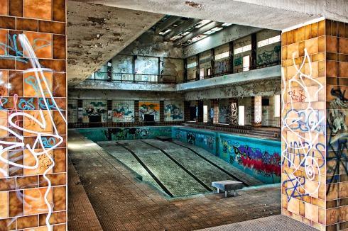 Schwimmbad Leer Umgebung