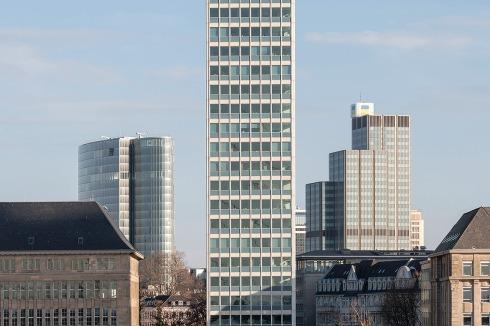 Mit Bauten Wie Der Haniel Garage Und Dem Mannesmann Hochhaus In Dusseldorf Hat Er Die Nachkriegsarchitektur Deutschland Mitgepragt Am 23