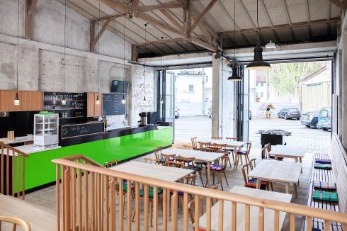 Tür an tür  BAUWELT - Café Tür-an-Tür in Augsburg
